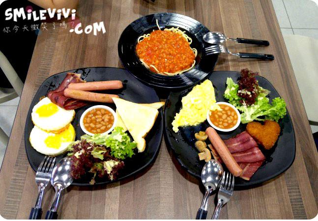 新加坡∥HOTEL BOSS旁的Foodclique美食 - 天天海南雞飯、維多利亞食坊、潮州魚麵 17 Foodclique%20%2816%29