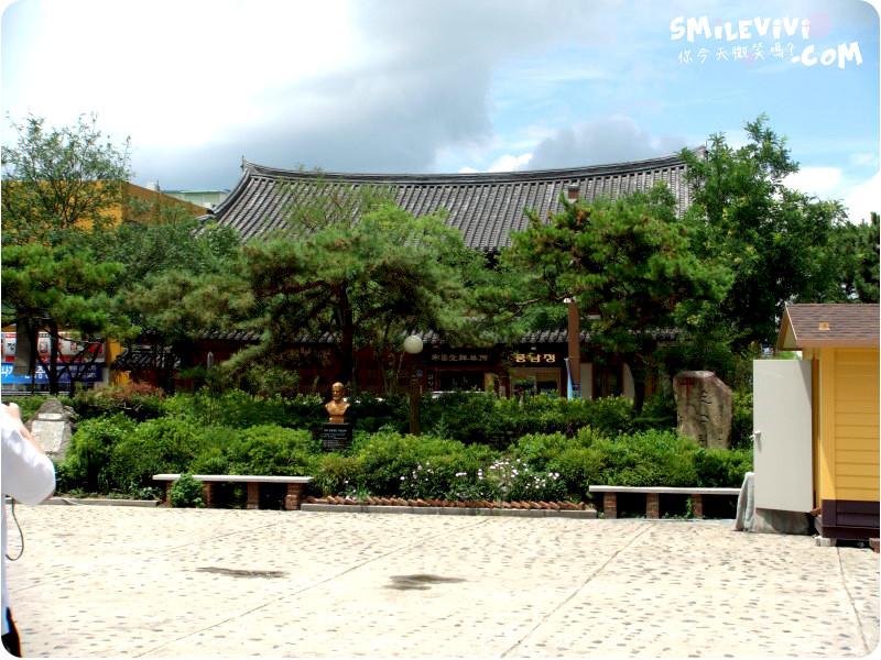 全州∥韓國全州(전주)全州韓屋村(전주한옥마을;Jeonju Hanok Village)殿洞聖堂(전동성당)、慶基殿(경기전)、羅岩聖堂(나바위성당)感受韓國的歷史村莊 28 %E9%9F%93%E5%B1%8B%E6%9D%91%20%2815%29.JPG%20 %2037540669166